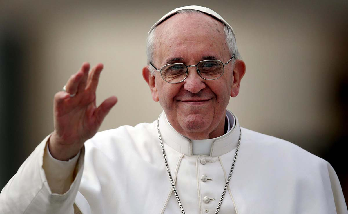 Pope calls for peace in Holy Land, end to other conflicts