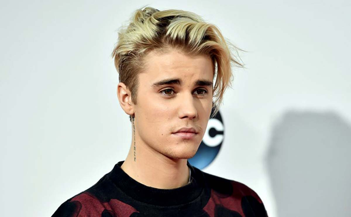 Bieber Beaten By NHS Choir To Christmas No 1